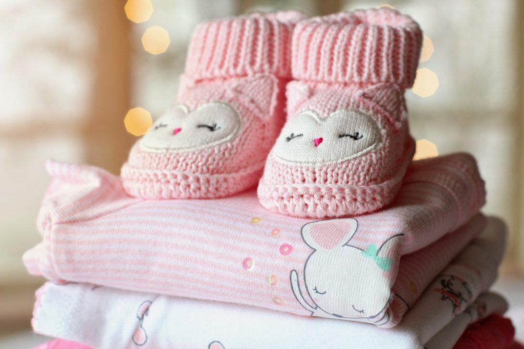 77424a9b75a04 Comment habiller son bébé selon les saisons ?